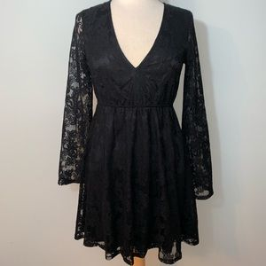 Express long sleeve black lace dress